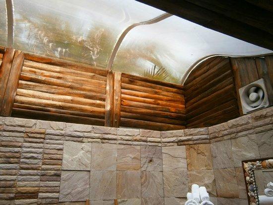 """Santhiya Tree Koh Chang Resort: The """"ceiling"""" in the bathroom."""