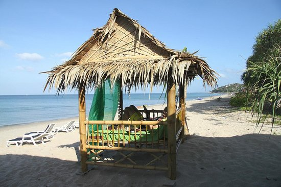 Lanta Nice Beach Resort: you have to be quick to claim this beachfront relax hut