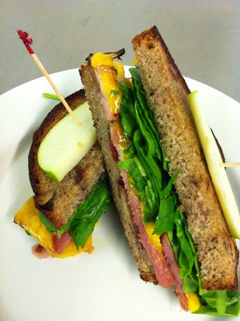 Big City Bread Cafe: A Lunch Special