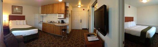 Alaska's Select Inn Hotel: One Bedroom Suite with 2 Queen Beds