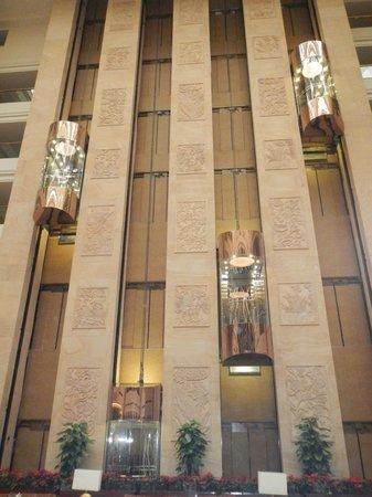 Sheraton Guilin Hotel: Gli ascensori in funzione