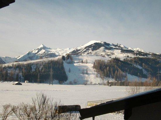 Pension St. Georg: Blick zum Maiskogel