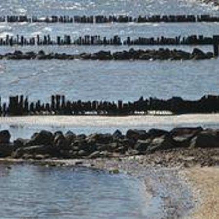 Chesapeake Beach Resort and Spa: Outside Beach Area