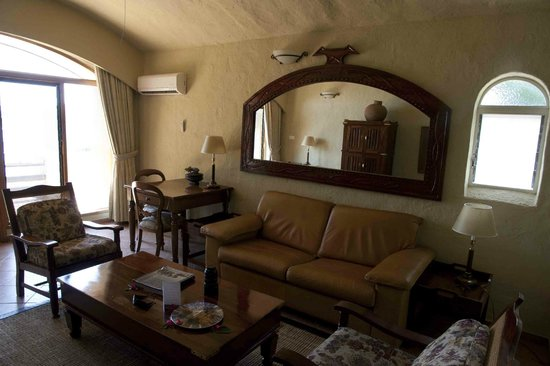 Chobe Game Lodge: Room #408 guestroom