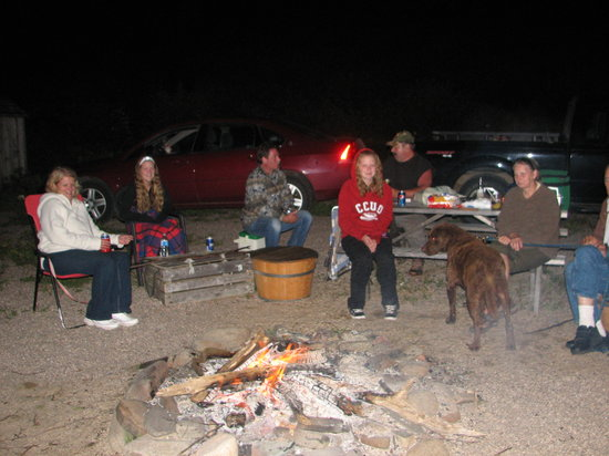 Graham's Pioneer Retreat: Another fun bonfire.  Puppies are welcome too.