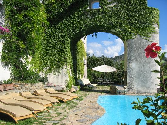 Domus Laeta : La piscina