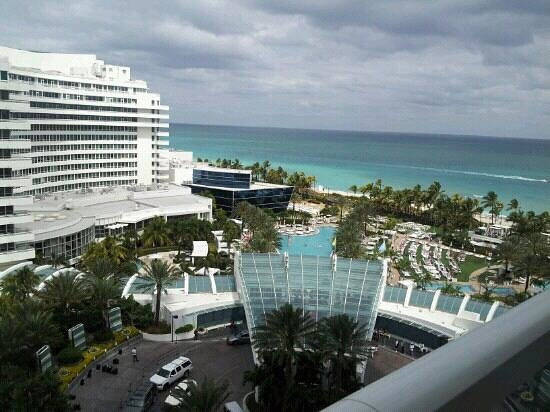 Fontainebleau Miami Beach: view from balancy