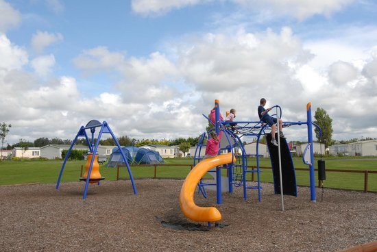 Riverside Touring & Holiday Park: Play Park