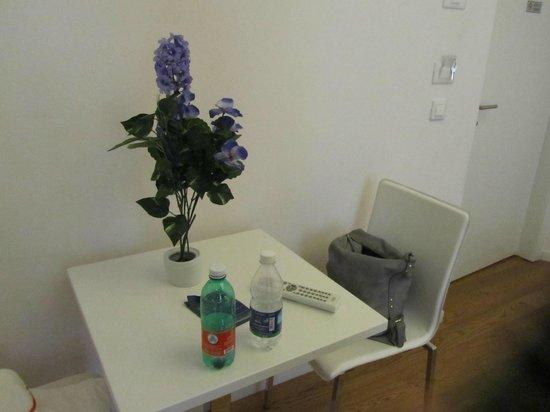 Relais Modern : tavolino