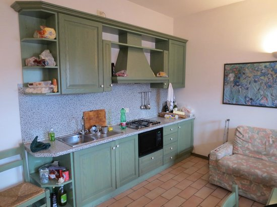 Carpediem Assisi Living Club: kitchen