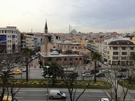 Ottoman's Life Hotel: view from hotel room to Fatih Mosque