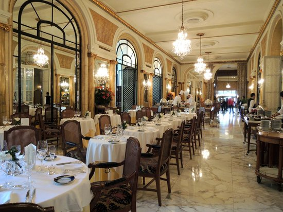 Alvear Palace Hotel: The breakfast room