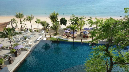 Beyond Resort Krabi: View of beach