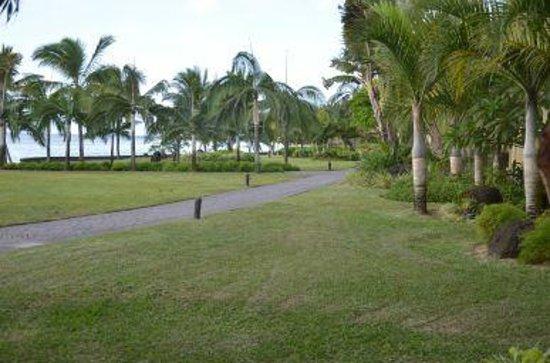 Le Meridien Ile Maurice: Paseos por el hotel