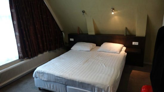 Hotel The Golden Bear: La chambre 34