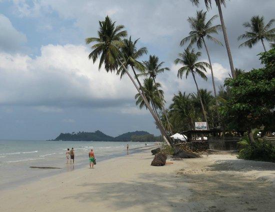 Baan Rim Nam: Klong prao beach