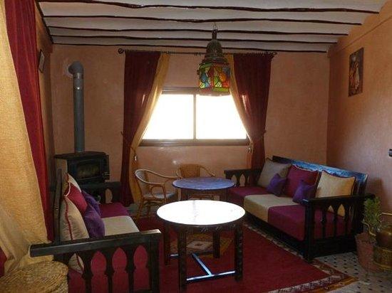 Riad Atlas Toubkal: Seating area