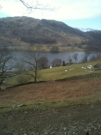 Windermere, UK: rydal water in march
