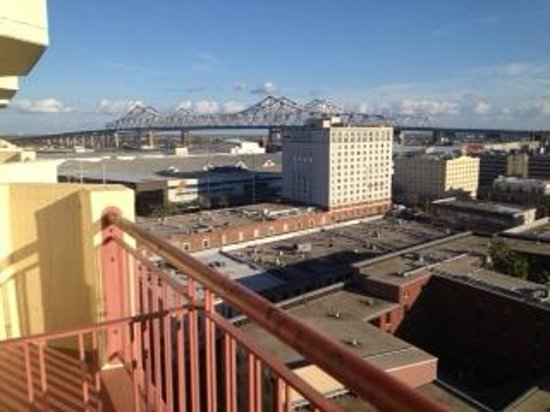 Embassy Suites by Hilton New Orleans - Convention Center: shared balcony with room next door