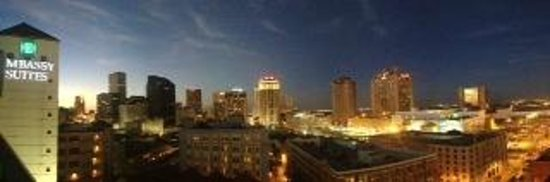 Embassy Suites by Hilton New Orleans - Convention Center: view from 14th floor walkway