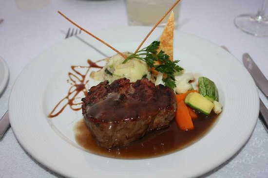 Barcelo Puerto Vallarta: Our wedding meal (steak) Very good!