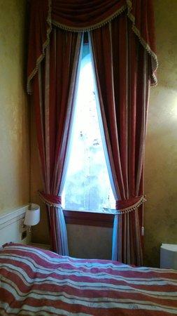 Ca' San Polo: Room