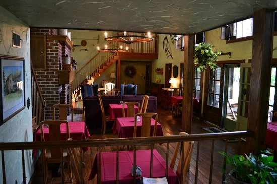 Baladerry Inn: The Main Room