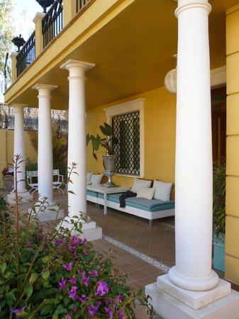 Villa Lorena Malaga: entrance