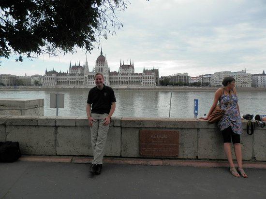 B & B Bellevue Budapest: Enjoying the river