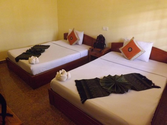 Makara Guesthouse : Chambre spacieuse