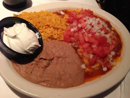 Miguel's Mexican Restaurant: enchilada