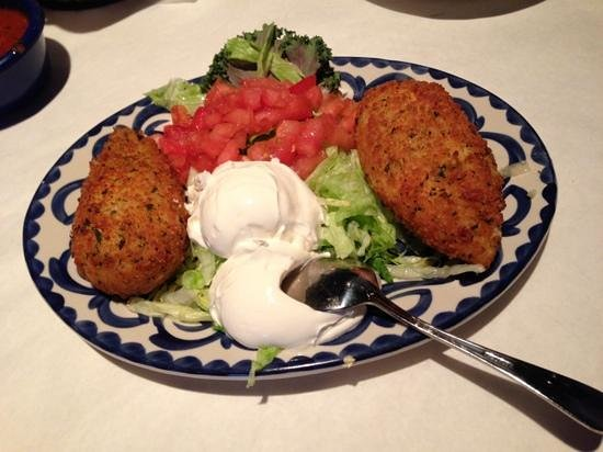 Miguel's Mexican Restaurant: stuffed peppers