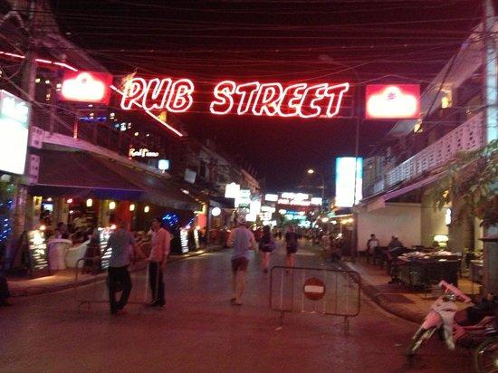 Victoria Angkor Resort & Spa: pub street