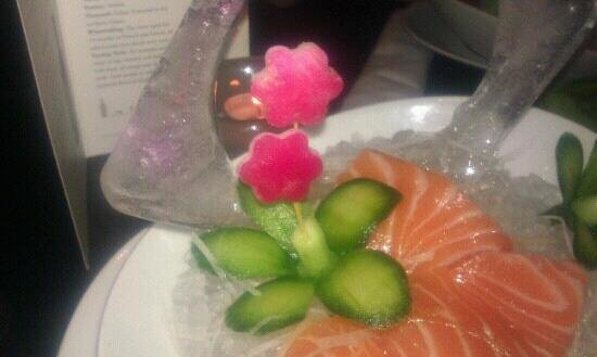 Yakimono: ice and sashimi
