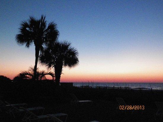 Beach House Golf & Racquet Club: Sunrise as seen from patio