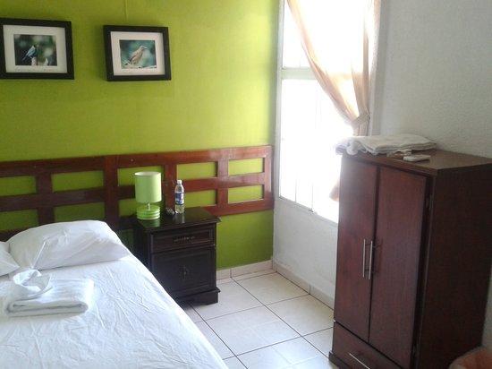 Hotel Tazumal House: Habitacion Numero 2