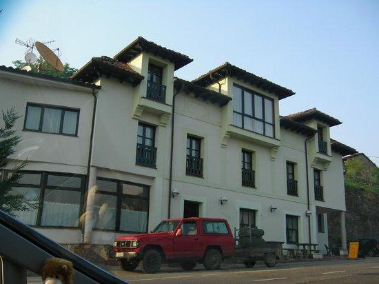 Hotel Rural Montañas de Covadonga: Exterior