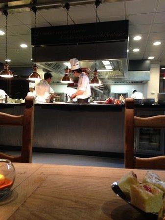 tavolo in cucina - Foto di Unico Milano - TripAdvisor