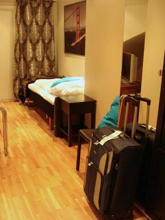 Best Western Chesterfield Hotel : single room