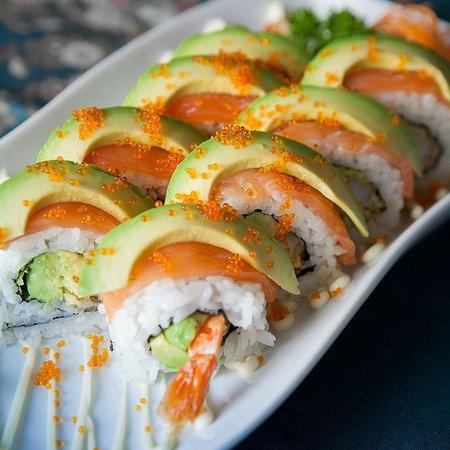 Sushi Wave Authentic Japanese : sunshine roll