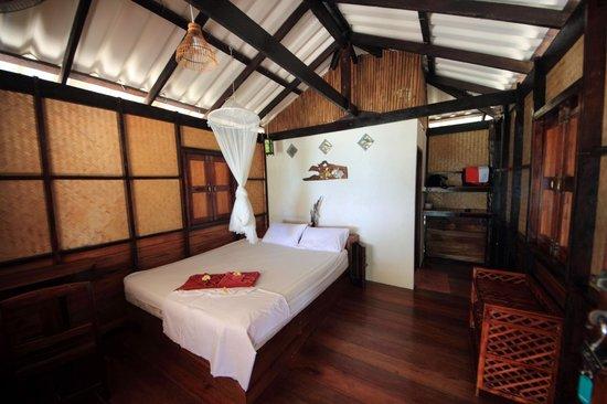 Shambhala Bungalow Village: Zimmer