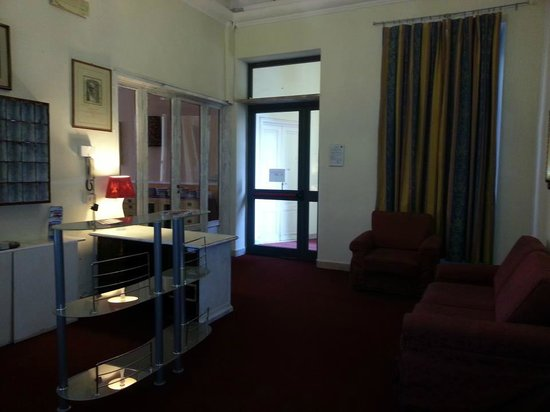 Hotel Benvenuti: unasegunda recepcion