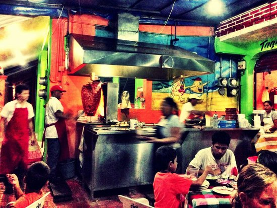 La Papa Loca: Hot, busy, and some of the best food in Zihua