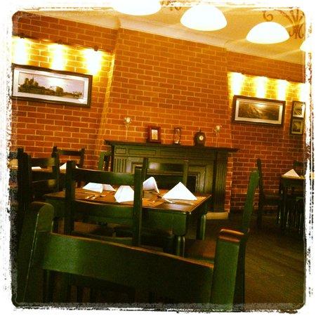 Poeta & Villano: Interior Restaurante