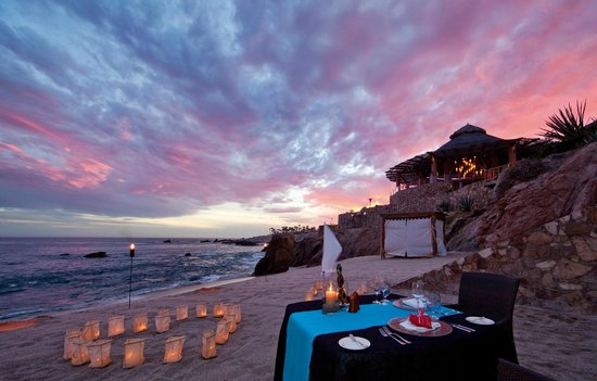 Esperanza - An Auberge Resort: Private dinner for 2 on the beach