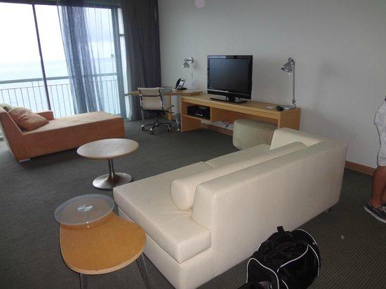 La Concha Renaissance San Juan Resort: Nice room