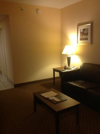 Holiday Inn Barboursville : Living room of small suite