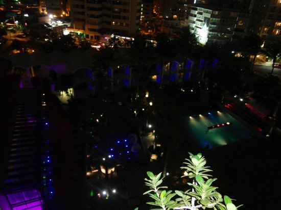 La Concha Renaissance San Juan Resort: From the front of the room the view of 8th floor at night.