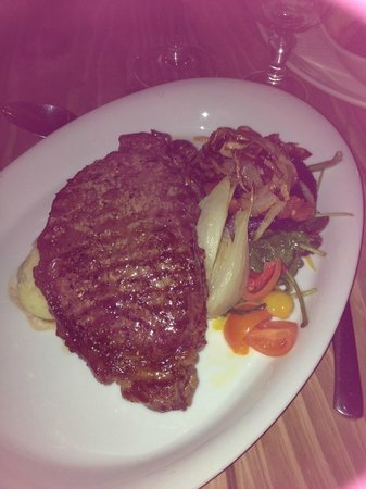 Smugglers Creek Inn: sirloin steak