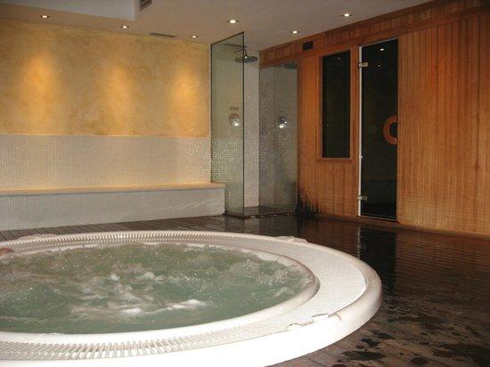 Hotel Villa Paulita: baño turco y jacuzz